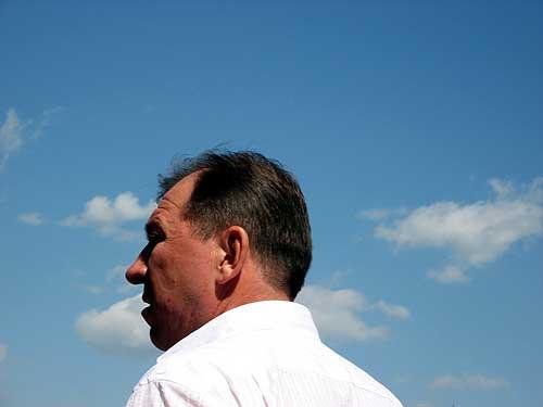 Stars the trainer of a soccer team a beam sergej pavlov trener futbolnoj komandy luch sergej pavlov